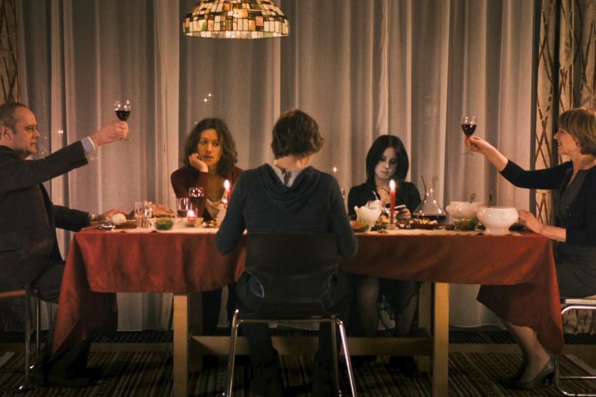 3 Zimmer Küche Bad   3 Zimmer Kuche Bad Alle Informationen Zum Film Auf Cineimage