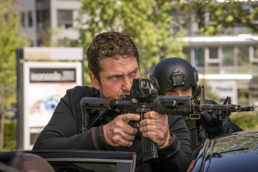 /db_data/movies/angelhasfallen/scen/l/410_13_-_Mike_Gerard_Butler_ov_org.jpg