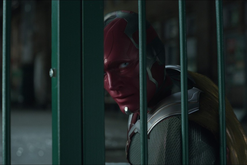/db_data/movies/avengers20123/scen/l/410_33_-_Vision_Paul_Bettany.jpg