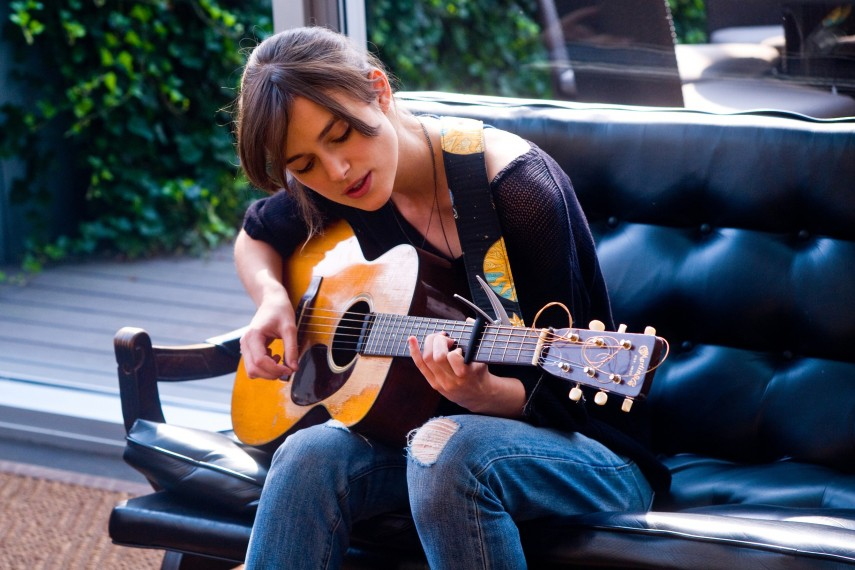 /db_data/movies/beginagain/scen/l/410_06__Greta_Knightley.jpg
