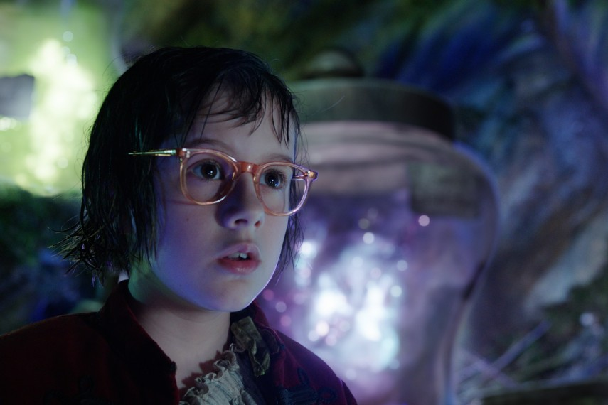 /db_data/movies/bfg/scen/l/410_01_-_Sophie_Ruby_Barnhill.jpg