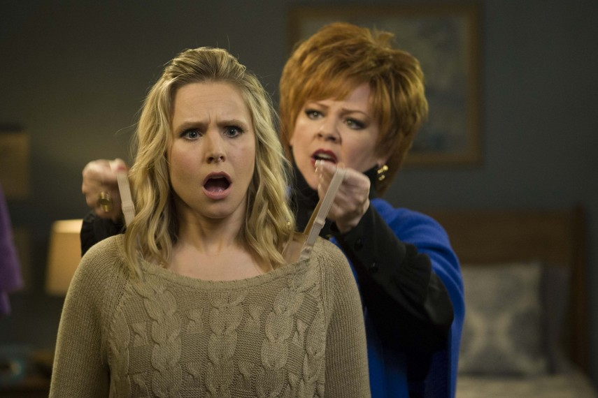/db_data/movies/boss/scen/l/Kristen_Bell_and_Melissa_McCarthy.jpg