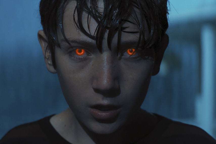 /db_data/movies/brightburn/scen/l/BRIGHTBURN_03.jpg