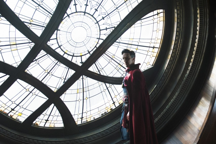 /db_data/movies/doctorstrange/scen/l/410_08_-_Dr._Stephen_Strange_B.jpg