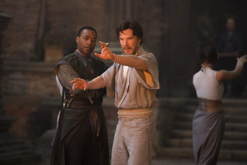 /db_data/movies/doctorstrange/scen/l/410_27_-_Mordo_Chiwetel_Ejiofo.jpg