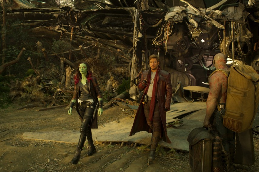 /db_data/movies/guardiansofthegalaxy2/scen/l/410_18_-_Gamora_Zoe_Saldana_St.jpg