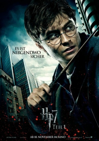 /db_data/movies/harrypotter7_1/artwrk/l/12-ActionBannerHarryPotter-4ba.jpg