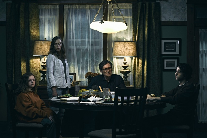 /db_data/movies/hereditary/scen/l/410_01_-_Charlie_Milly_Shapiro.jpg