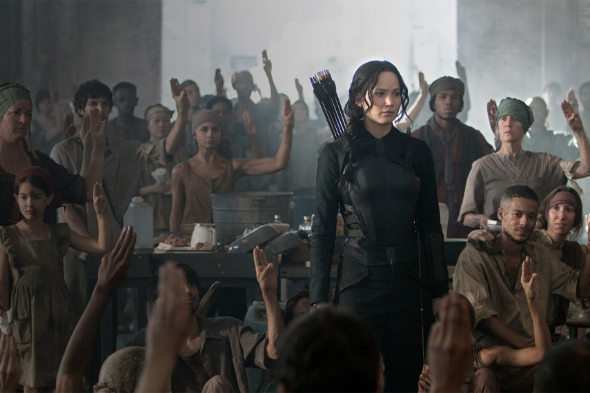 /db_data/movies/hungergames3/scen/l/F_Katniss-3_Copyright_Murray_Close.jpg