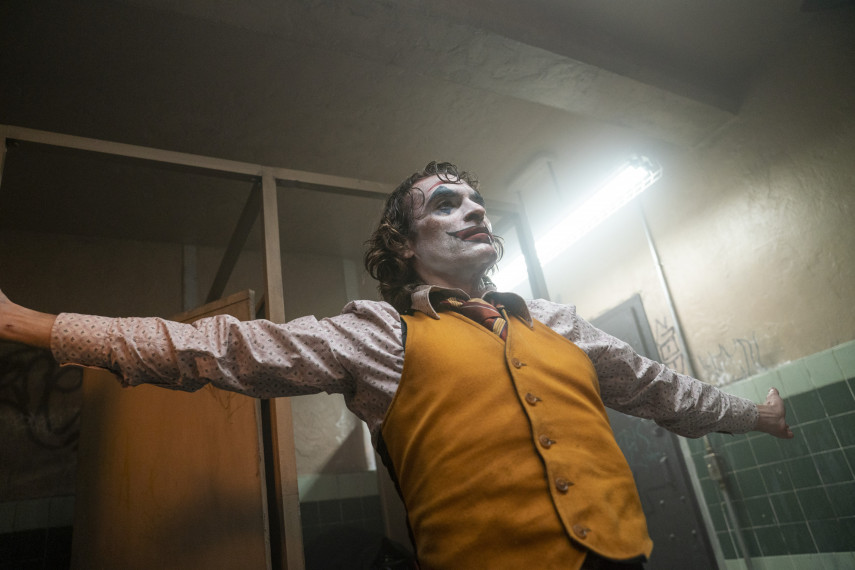 /db_data/movies/joker/scen/l/410_rev-1-JOK-04429_High_Res_JPEG_ov_org.jpg