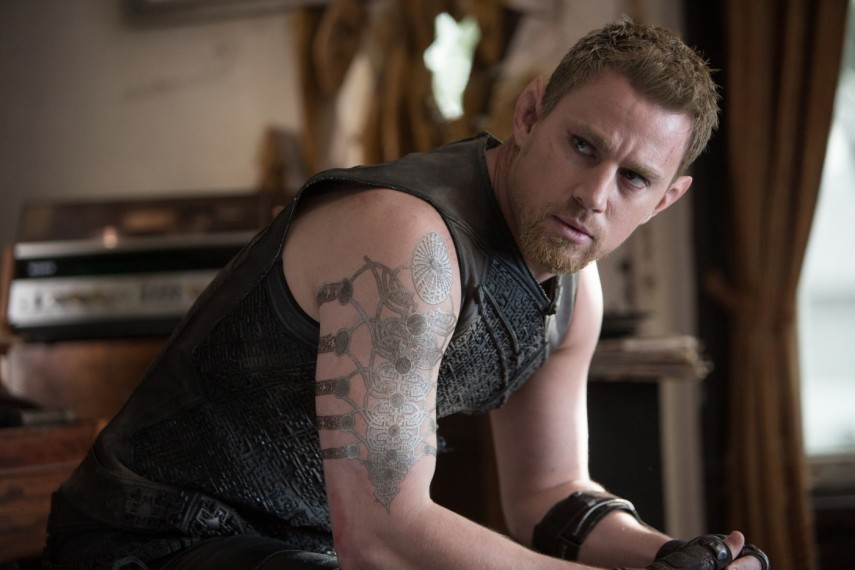 /db_data/movies/jupiterascending/scen/l/1-Picture51-81d.jpg