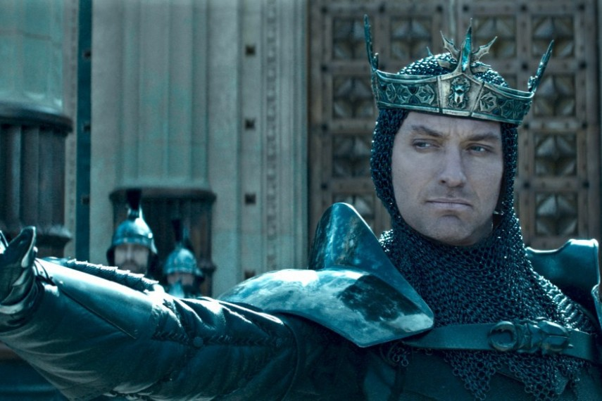 /db_data/movies/kingarthurlegendofthesword/scen/l/421-Picture2-1c6.jpg