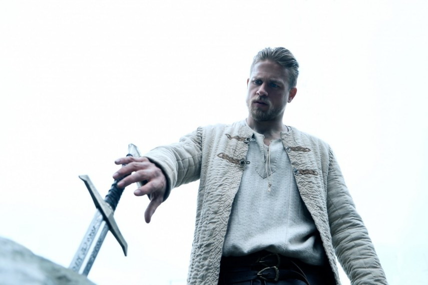 /db_data/movies/kingarthurlegendofthesword/scen/l/421-Picture3-876.jpg