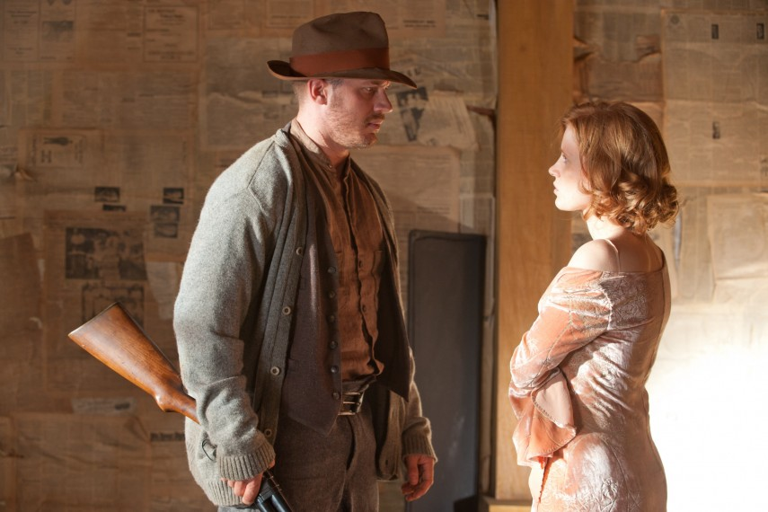 /db_data/movies/lawless/scen/l/26420WC-06504.jpg