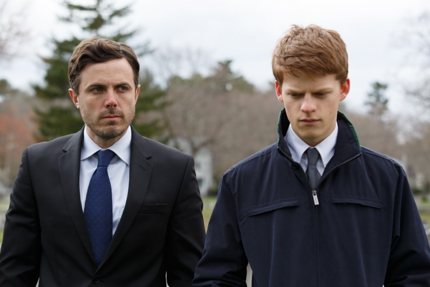 /db_data/movies/manchesterbythesea/scen/l/Casey_Affleck_and_Lucas_Hedges.jpg