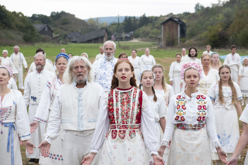 /db_data/movies/midsommar/scen/l/410_02_-_Scene_Picture_ov_org.jpg