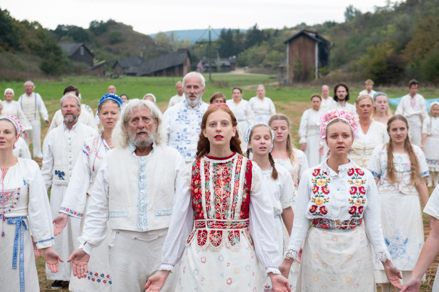 /db_data/movies/midsommar/scen/l/410_13_-_Scene_Picture_ov_org.jpg