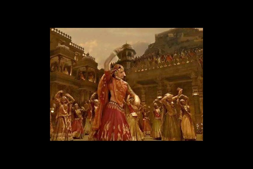 /db_data/movies/padmavati/scen/l/22814485_2143841738974893_5607.jpg