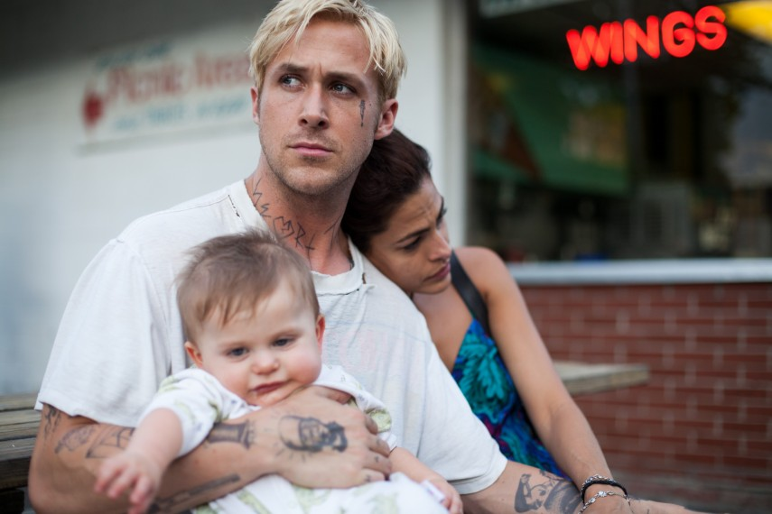 /db_data/movies/placebeyondthepines/scen/l/4072_D001_00198.jpg