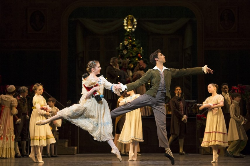 /db_data/movies/royaloperahousethenutcracker/scen/l/8271204847_67eefe018e_b.jpg