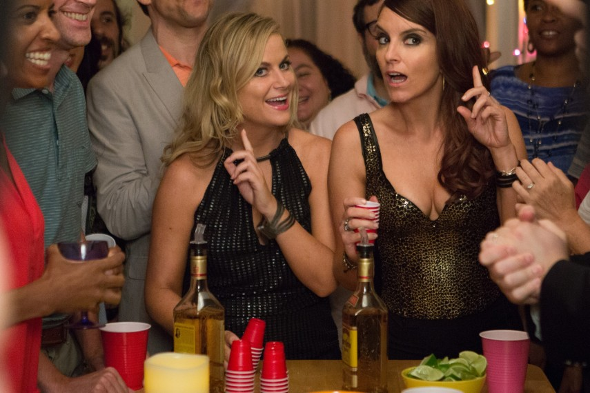 /db_data/movies/sisters/scen/l/Tina_Fey_and_Amy_Poehler_2.jpg