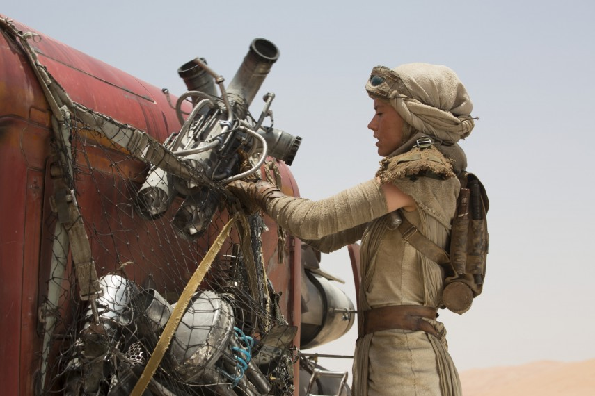 /db_data/movies/starwarsepisode7/scen/l/410_54__Rey_Daisy_Ridley.jpg