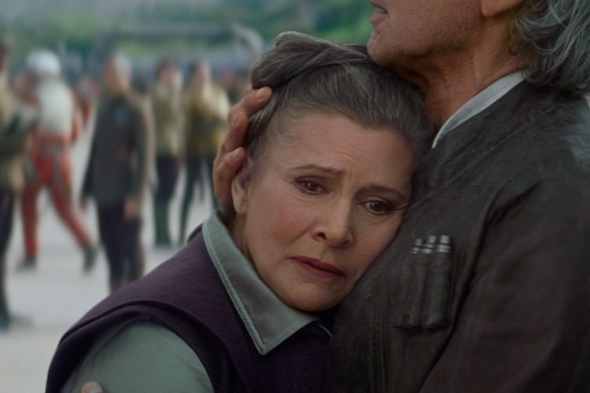 /db_data/movies/starwarsepisode7/scen/l/410_69__Leia_Carrie_Fisher_Han.jpg
