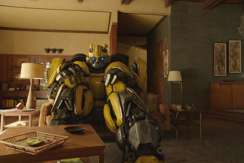 /db_data/movies/transformers6/scen/l/410_06_-_Bumblebee.jpg