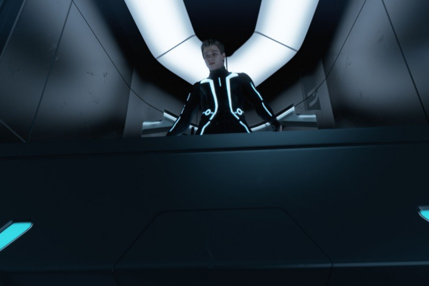 /db_data/movies/tron2010/scen/l/user2_still_24r.jpg