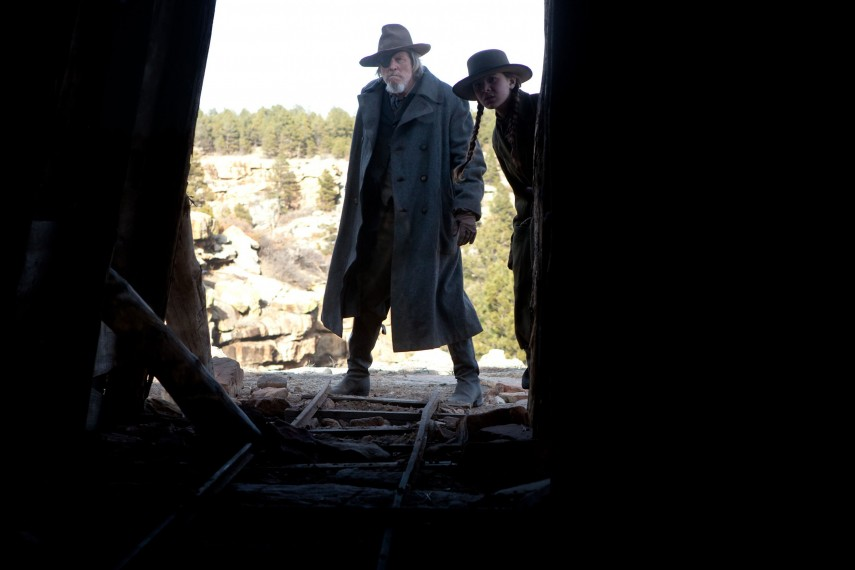 /db_data/movies/truegrit/scen/l/TG-05122R.jpg